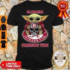 Baby Yoda Hug Skull Alabama Crimson Tide Shirt
