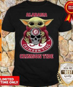 Baby Yoda Hug Skull Alabama Crimson Tide Shirt