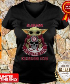 Baby Yoda Hug Skull Alabama Crimson Tide V-neck