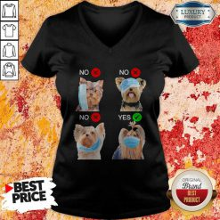 Yorkshire Terrier Dogs Right Way To Wear Mask Yorkshire Terrier Dogs Right Way To Wear Mask Tank Top