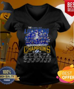 Pro The Tampa Bay Lightning Stanley Cup Champions 2020 Signatures V-neck