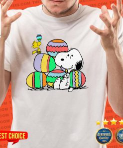 Awesome Snoopy And Woodstock Happy Easter Day 2021 Shirt