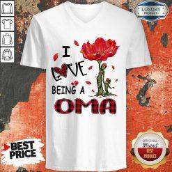 Red Flower I Love Being A Oma V-neck